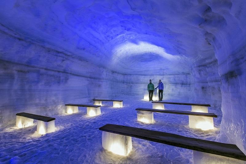 ice_cave_langjokull