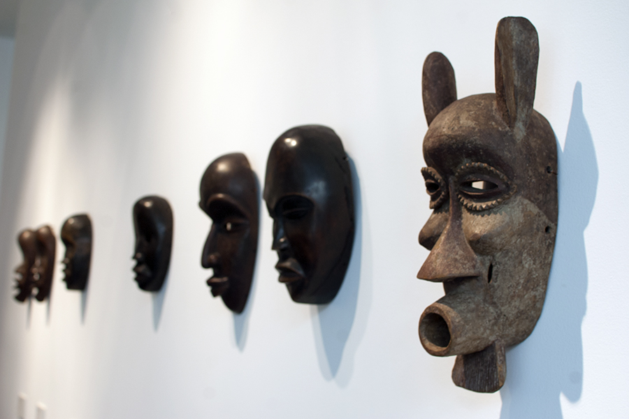 Африкански маски в Квадрат 500