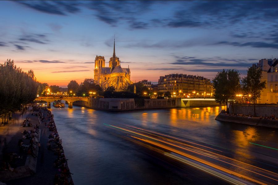 Париж, Натр Дам - залез