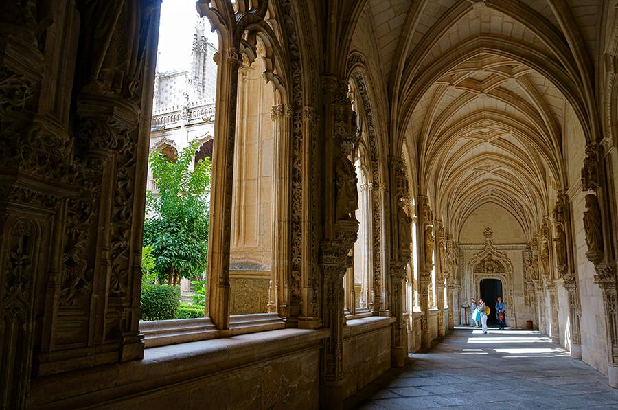 манастирът Сан Хуан де лос Рейес