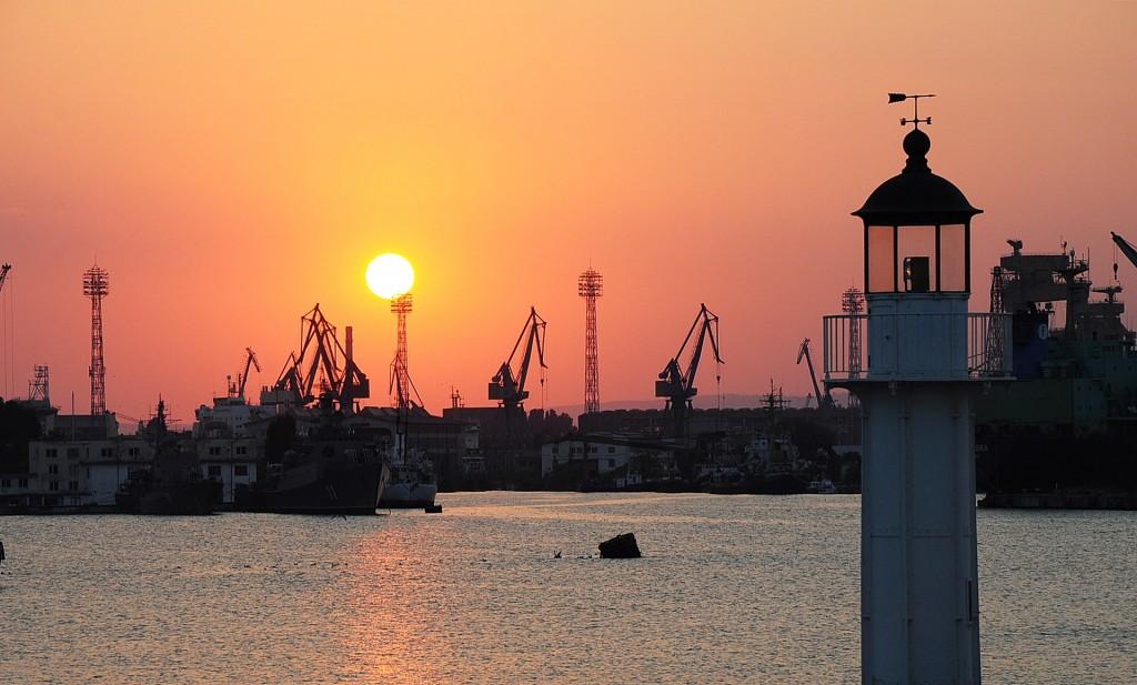 Морска гара, Варна