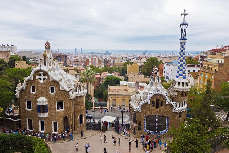 Паркът Гюел в Барселона