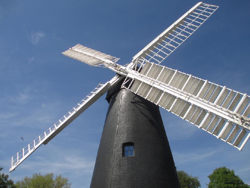 Brixton Windmill сн: М. Браун